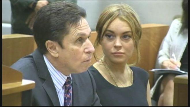 lindsay lohan courtroom 660 fox2